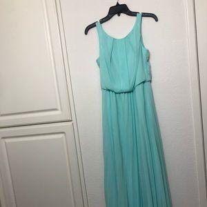🐶 4/$20 EUC B. Darlin mint junior size 5/6 gown